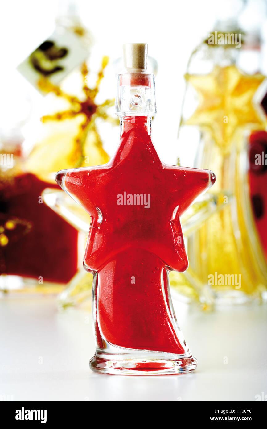 Verschiedene kosmetische Geschenk Flaschen für geschmückt und ...