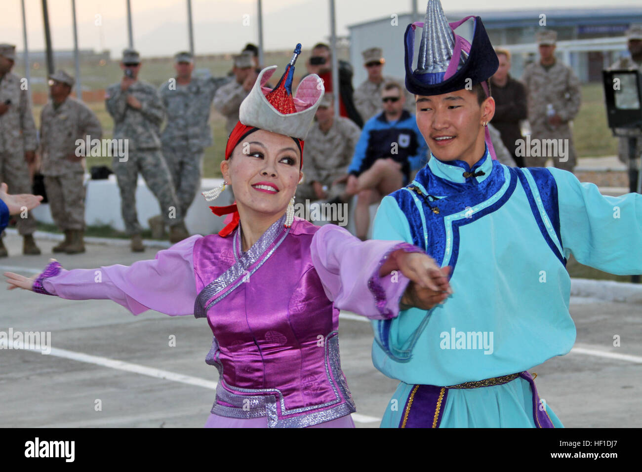 Mongolian Military Song And Dance Ensemble Stockfotos & Mongolian ...