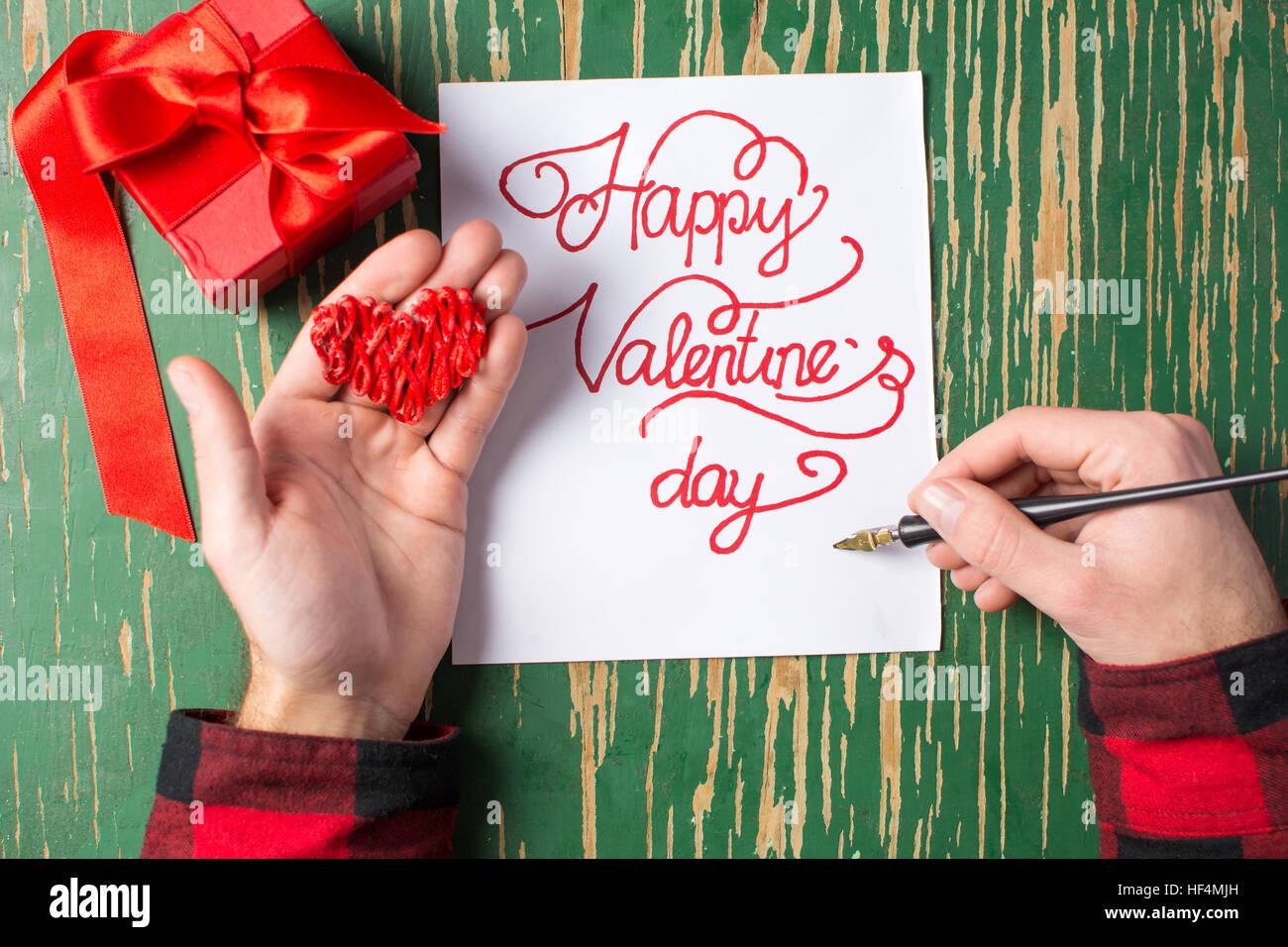 Männliche Hände Schreiben Eine Kalligraphie Valentinstag Karte Stockbild