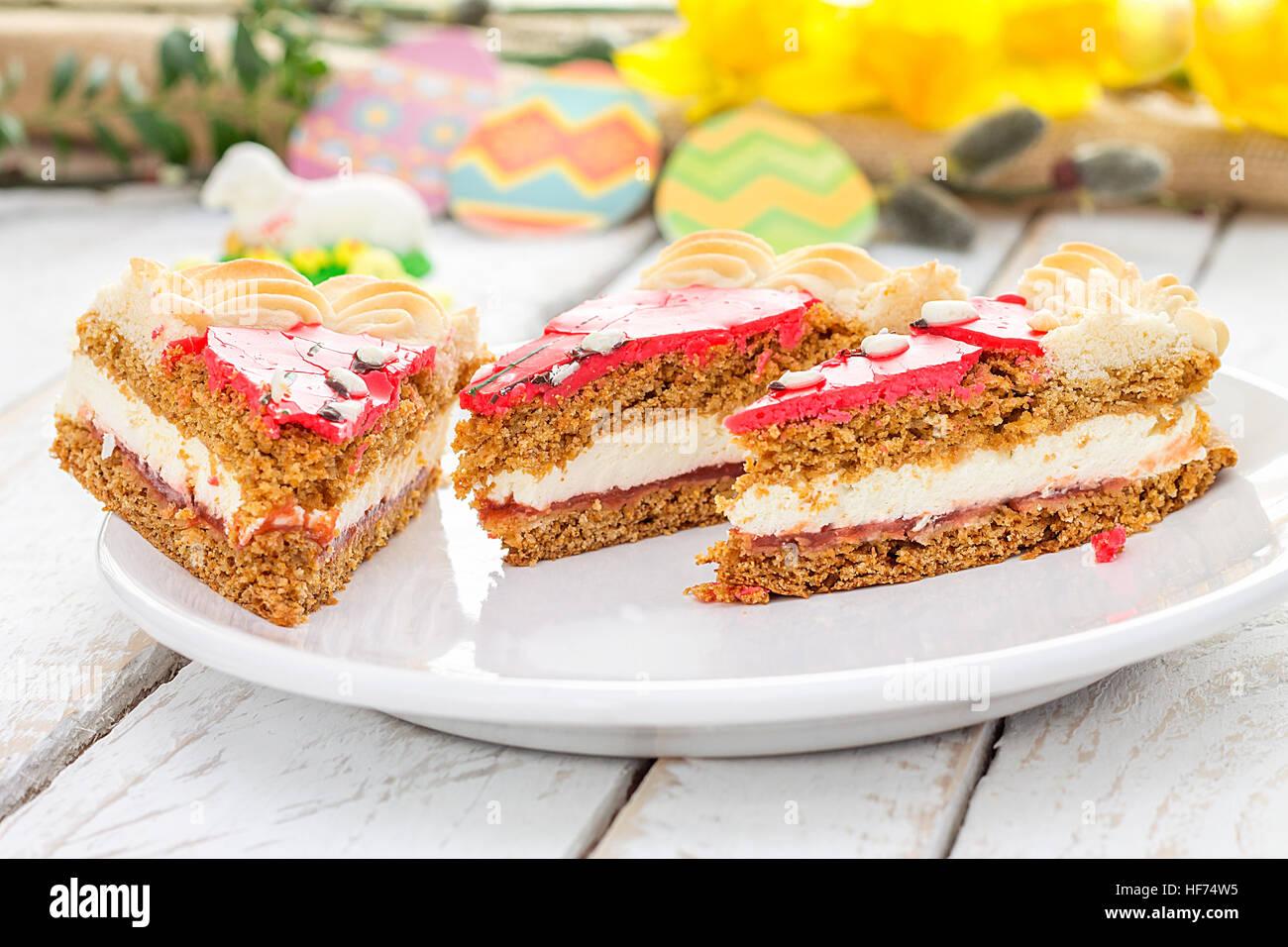 Traditionelle Polnische Ostern Kuchen Urlaub Dekoration Stockfoto