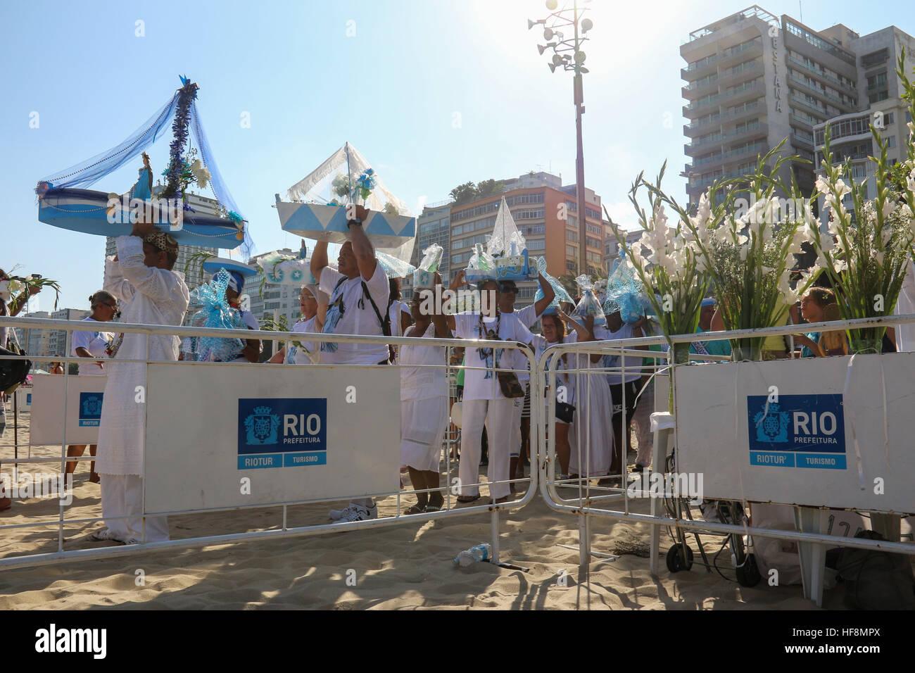 Rio De Janeiro, Brasilien. 29. Dezember 2016. Anhänger der Umbanda ...