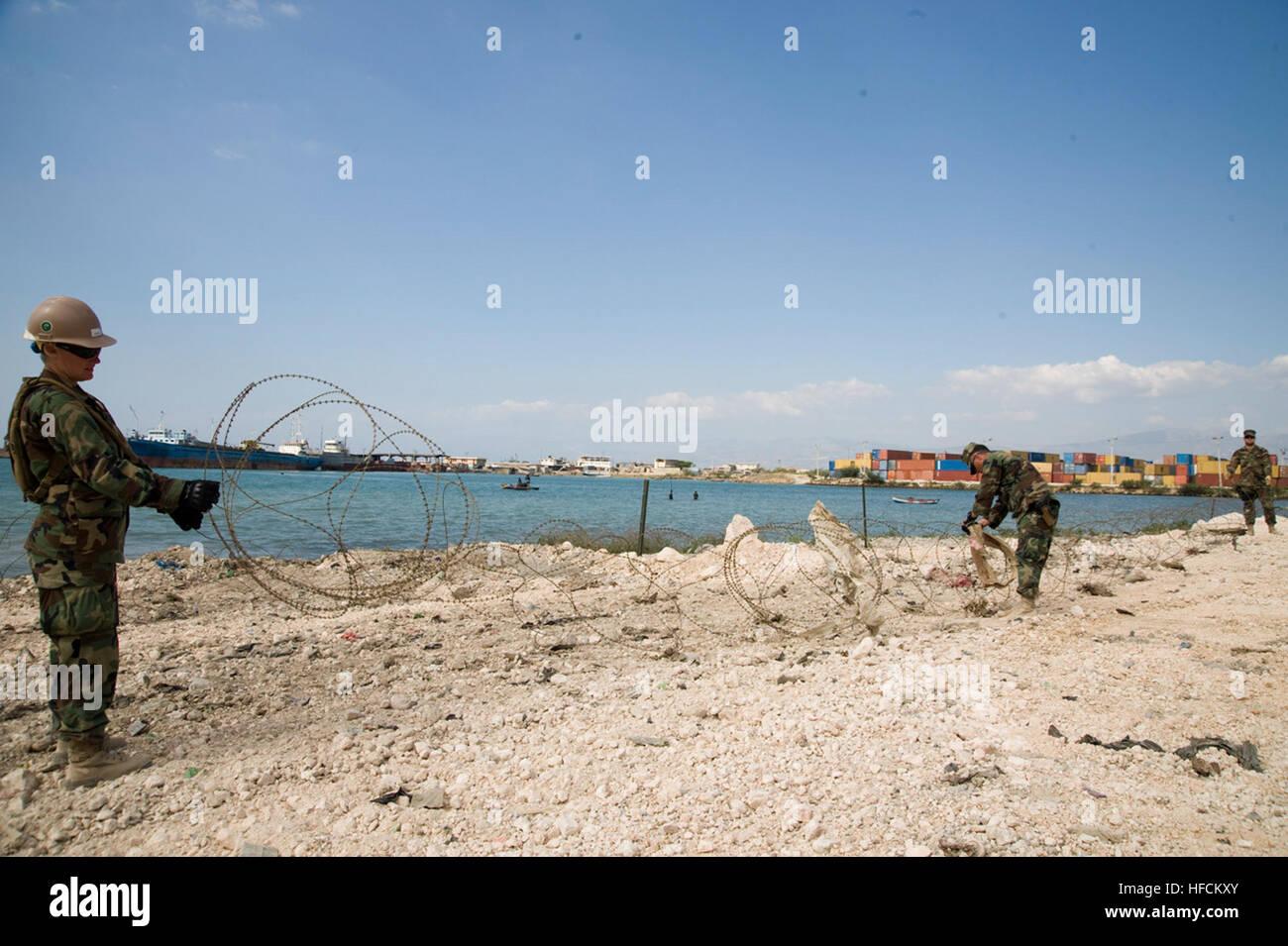 Segler, amphibische Bau-Bataillon 2 zugewiesen installieren ...