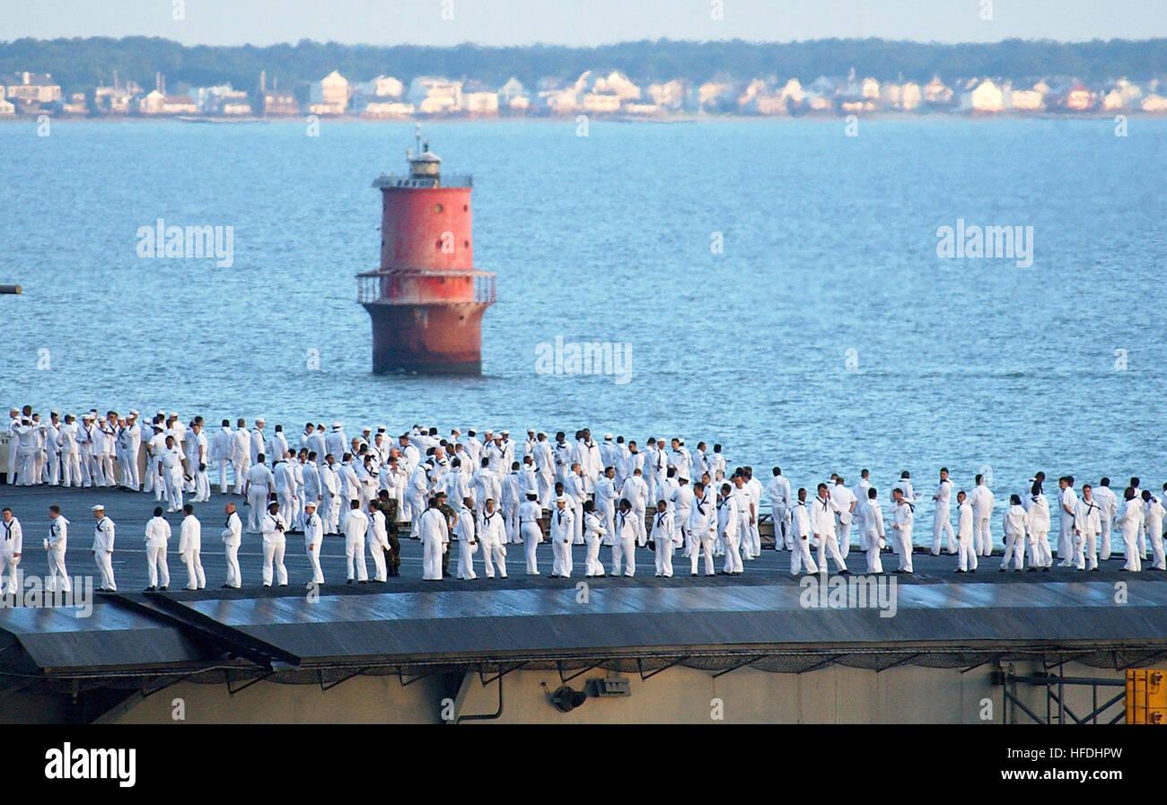 Tolle Uns Marine Yeoman Lebenslauf Bilder - Beispielzusammenfassung ...