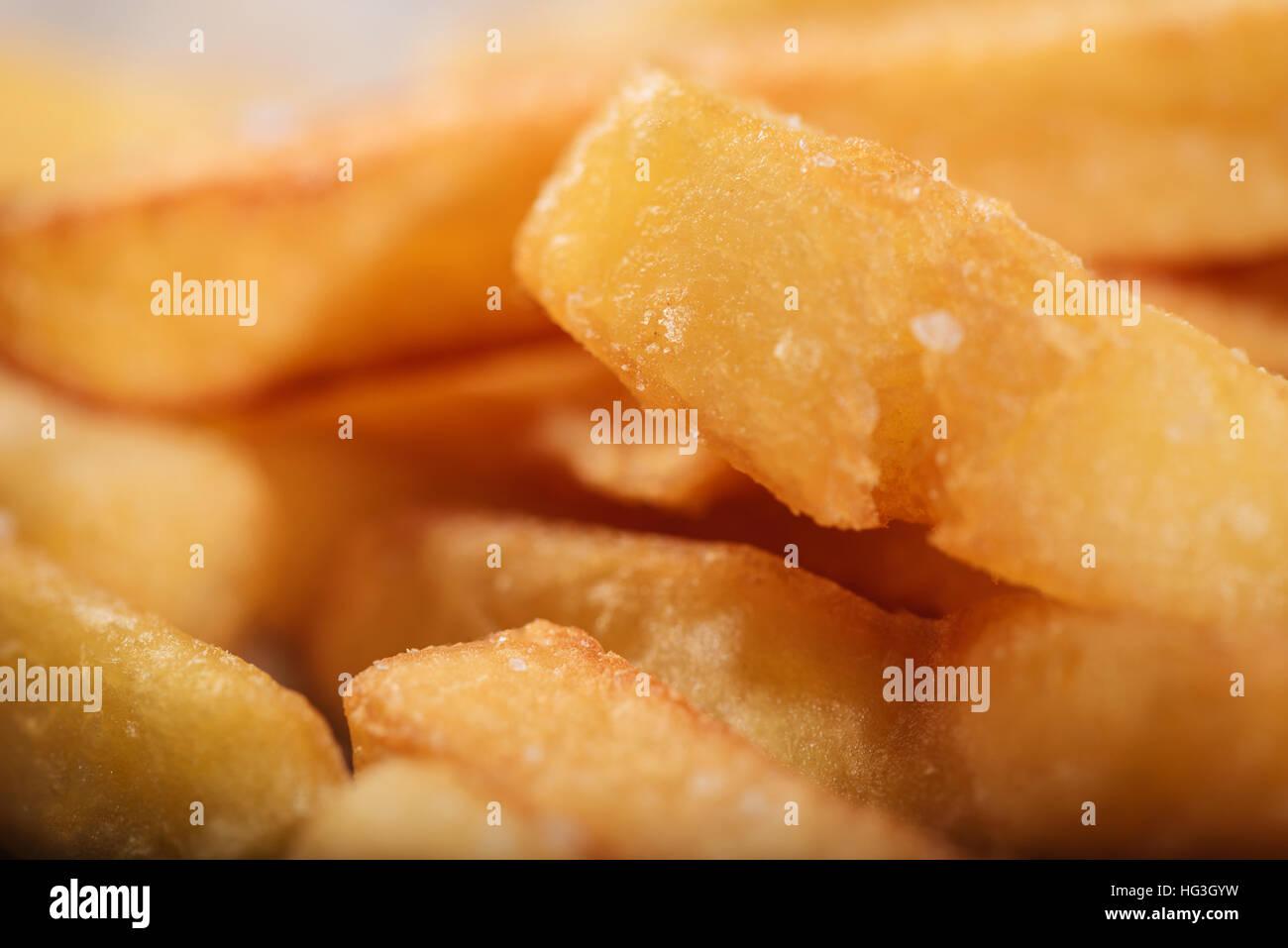 Nahaufnahme von leckeren Pommes frites Stockbild