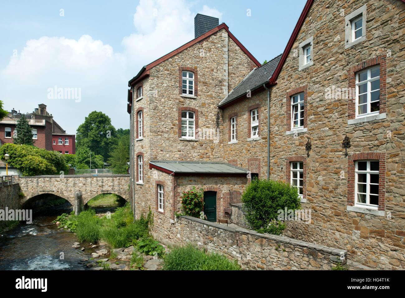 Bruchsteinhaus Stockfotos & Bruchsteinhaus Bilder Alamy