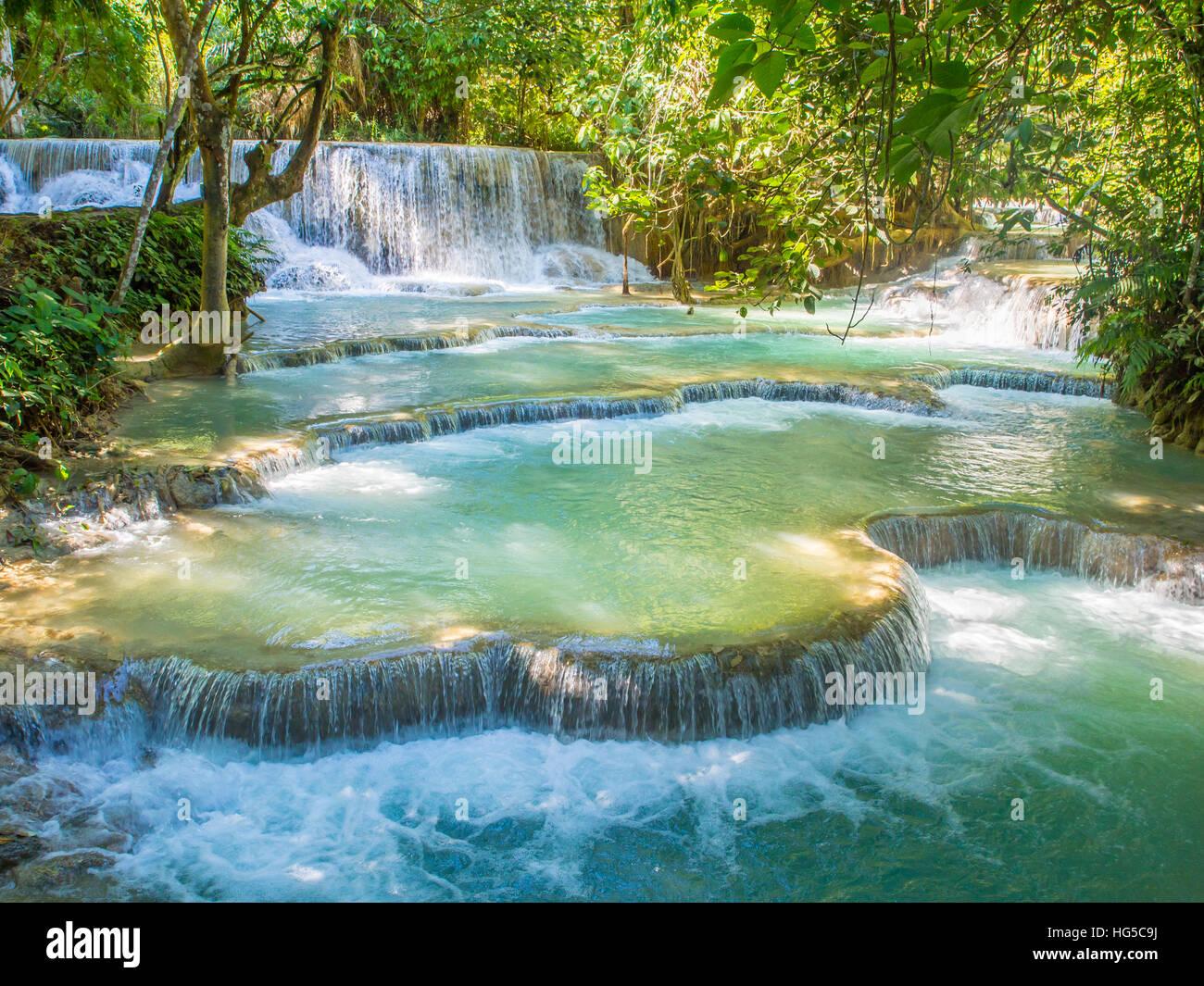 Keang Si Wasserfälle in der Nähe von Luang Prabang, Laos, Indochina, Südostasien, Asien Stockbild