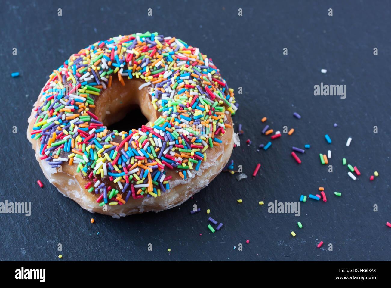 Donut mit Zucker Streusel Stockbild