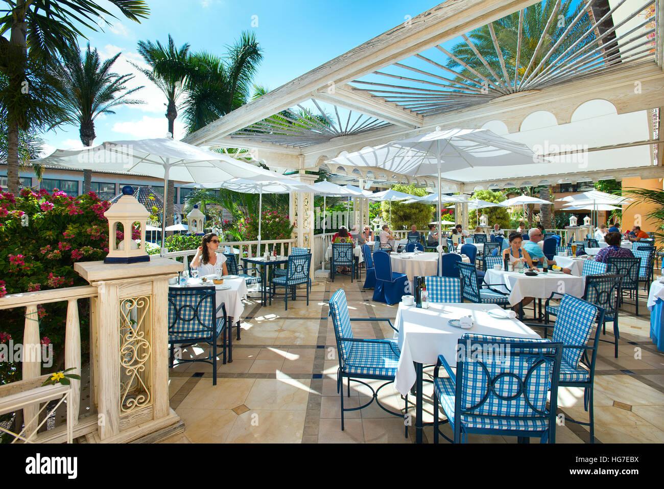 Pool Restaurant Im Gran Hotel Atlantis Bahia Real Corralejo