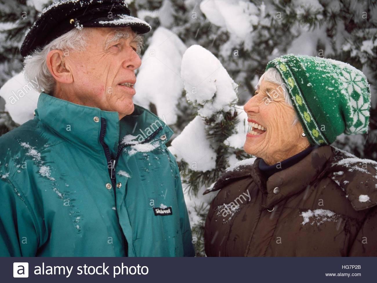 Alter Mann und Frau Liebe