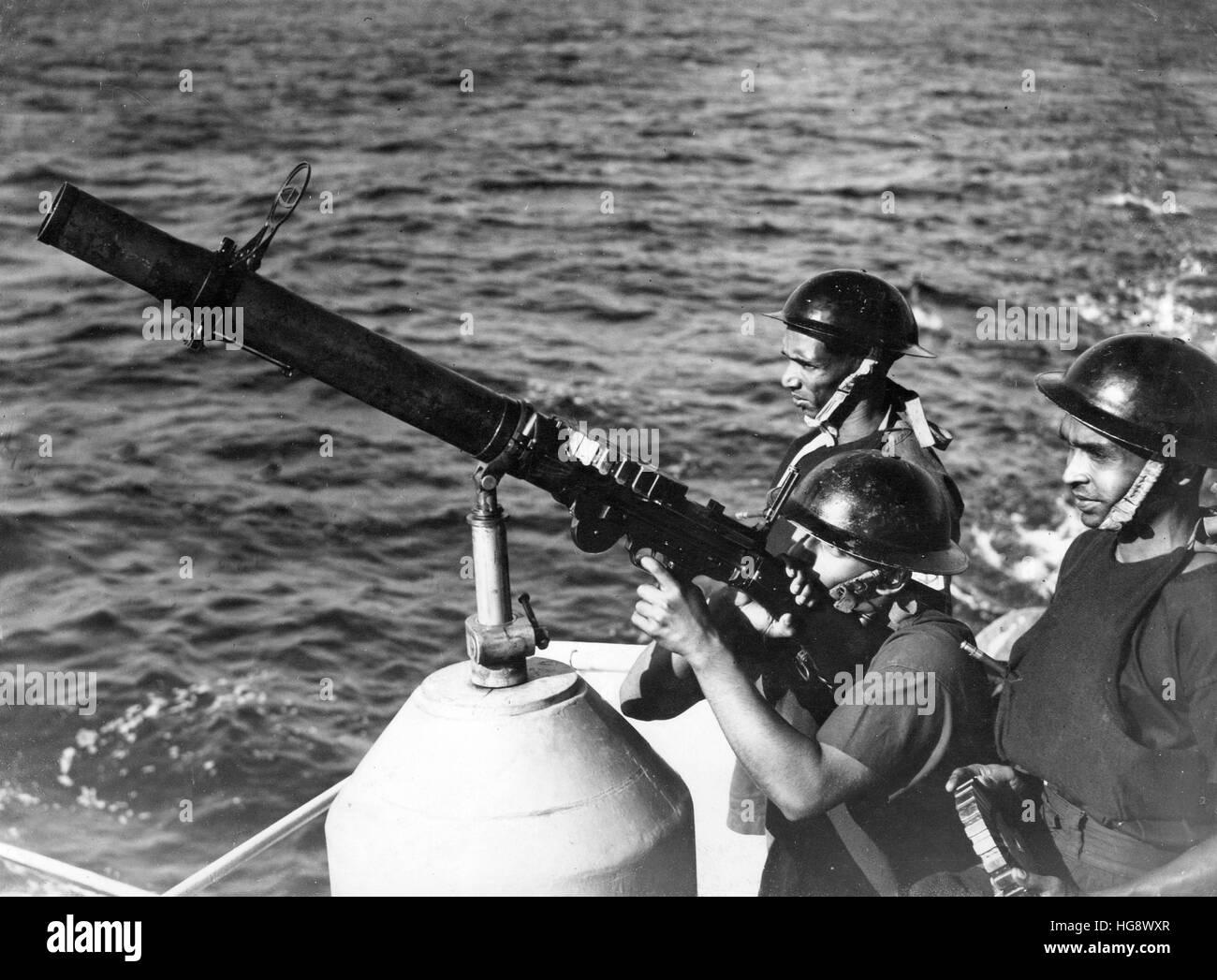 """Königliche Indische Marine anti-Flugzeug """"Gunners"""" Stockbild"""