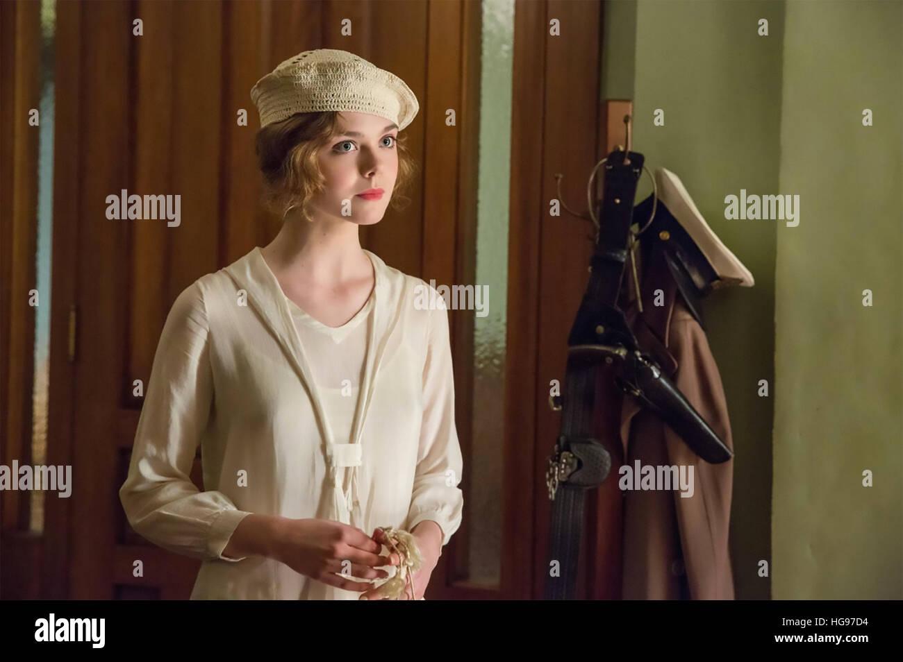 LIVE BY NIGHT 2016 Warner Bros Film mit Elle Fanning Stockbild