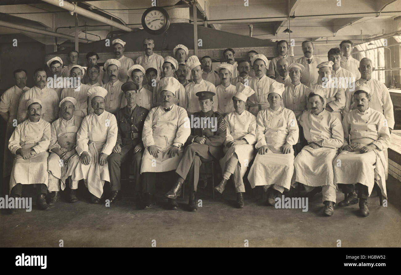 Personal kocht am King George Military Hospital, London, England, 1915. Stockbild