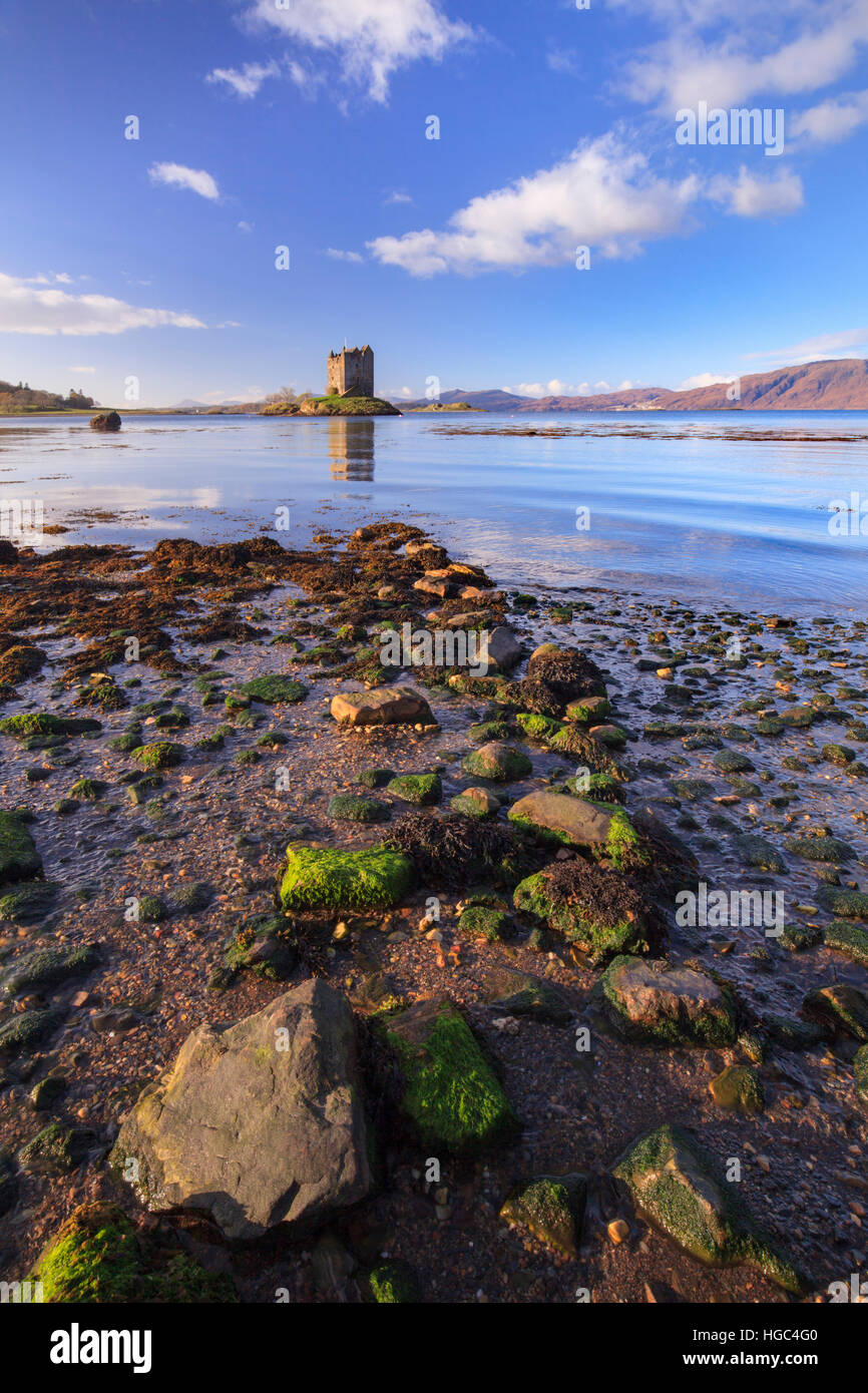 Castle Stalker in den schottischen Highlands. Stockbild