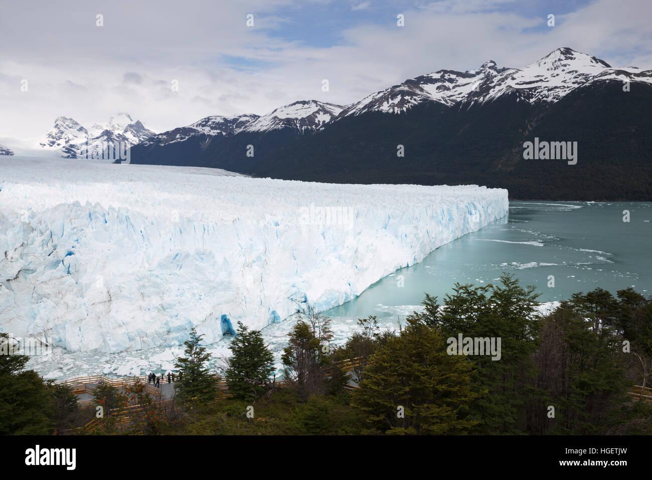 Der Gletscher Perito Moreno am Lago Argentino, El Calafate, Parque Nacional Los Glaciares, Patagonien, Argentinien, Stockbild