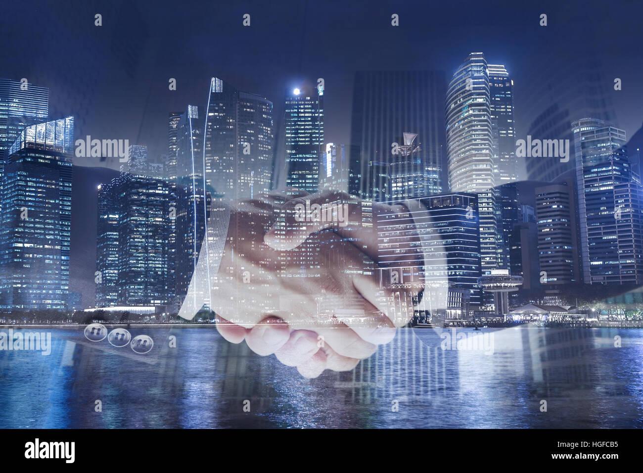Abkommen oder Abkommen Geschäftskonzept, Handshake Doppelbelichtung, Kooperation oder Partnerschaft Stockbild