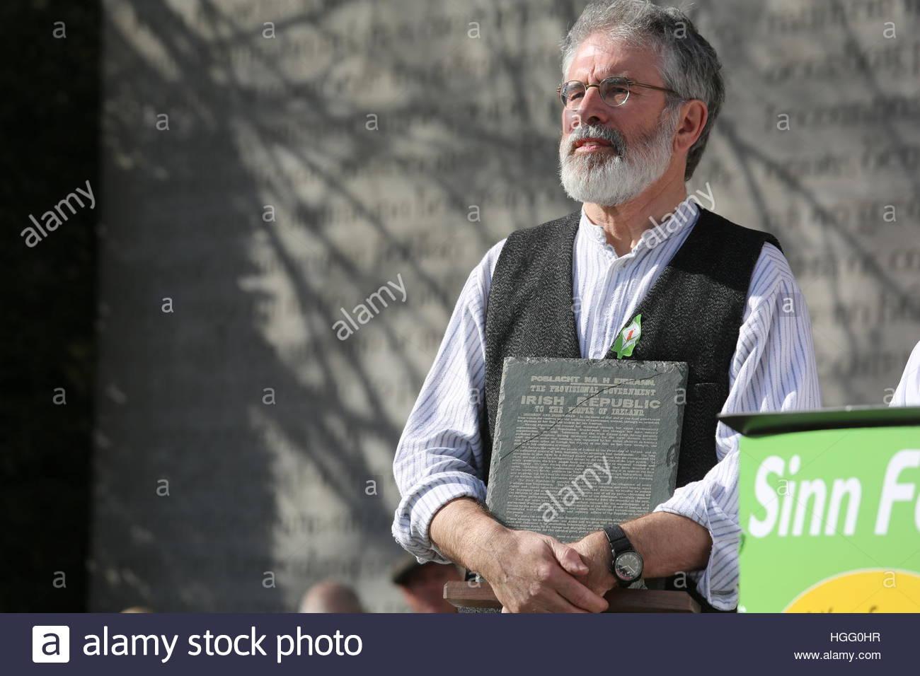 Gerry Adams, Sinn Féin Präsident, beteiligt sich an der Arbour Hill-Veranstaltung anlässlich des Stockbild