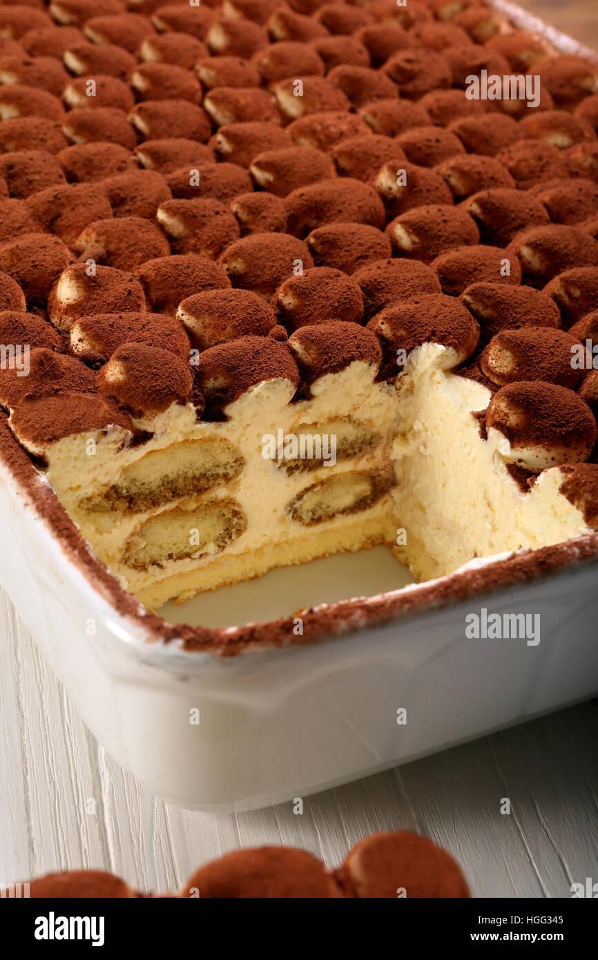 Süßen hausgemachten Tiramisu-Kuchen, traditionelle italienische Küche. Stockbild