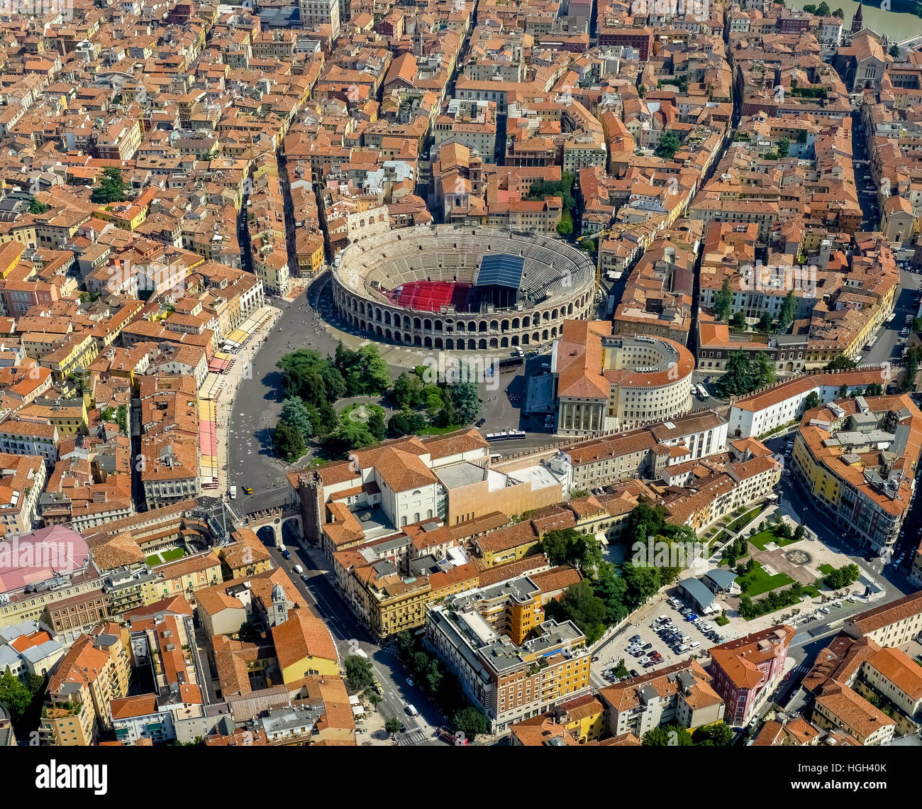 Blick auf die Stadt, Stadtzentrum mit Arena di Verona, Venetien, Veneto, Italien Stockbild