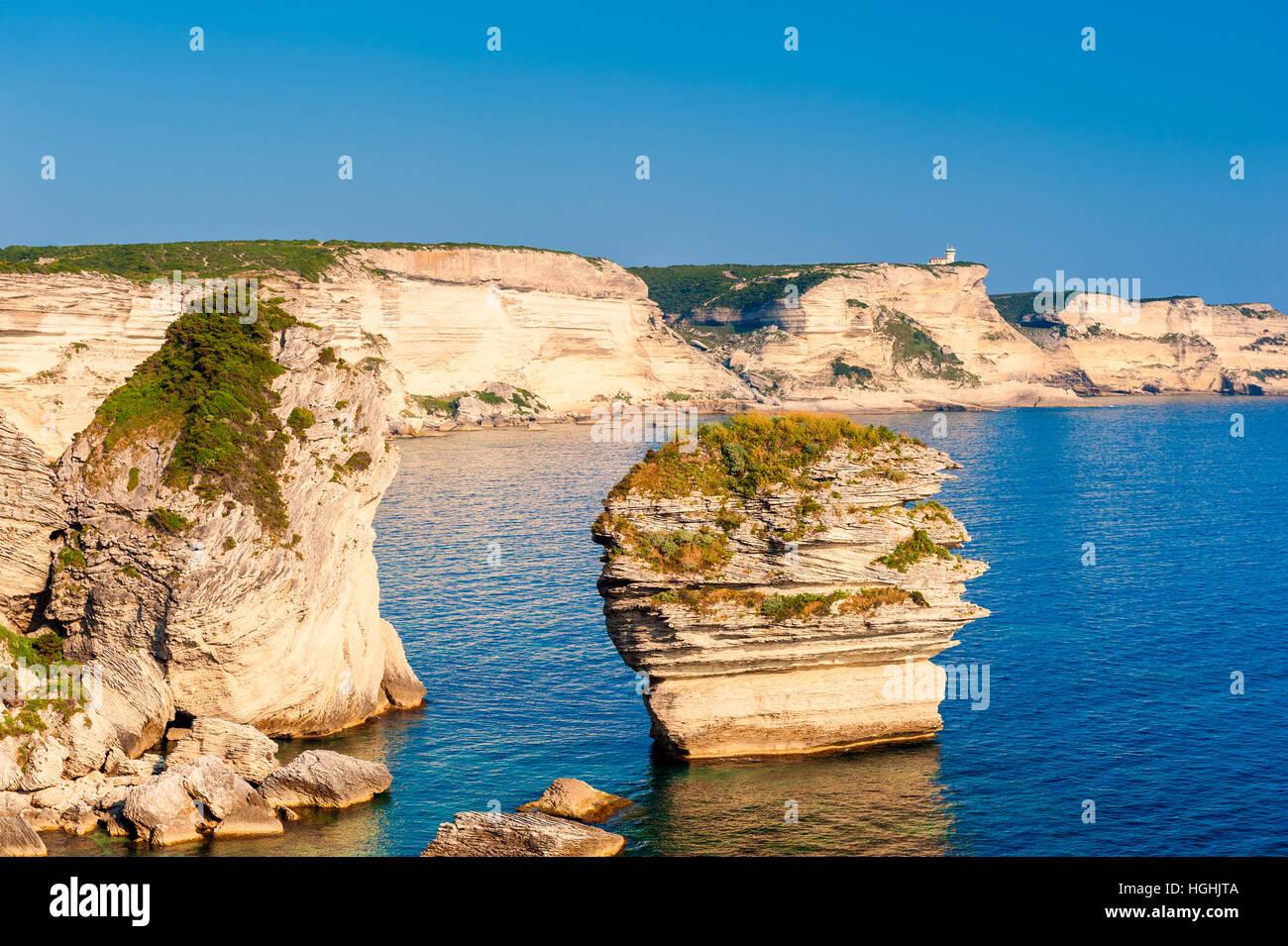 Felsige Küste von Bonifacio Korsika Stockbild