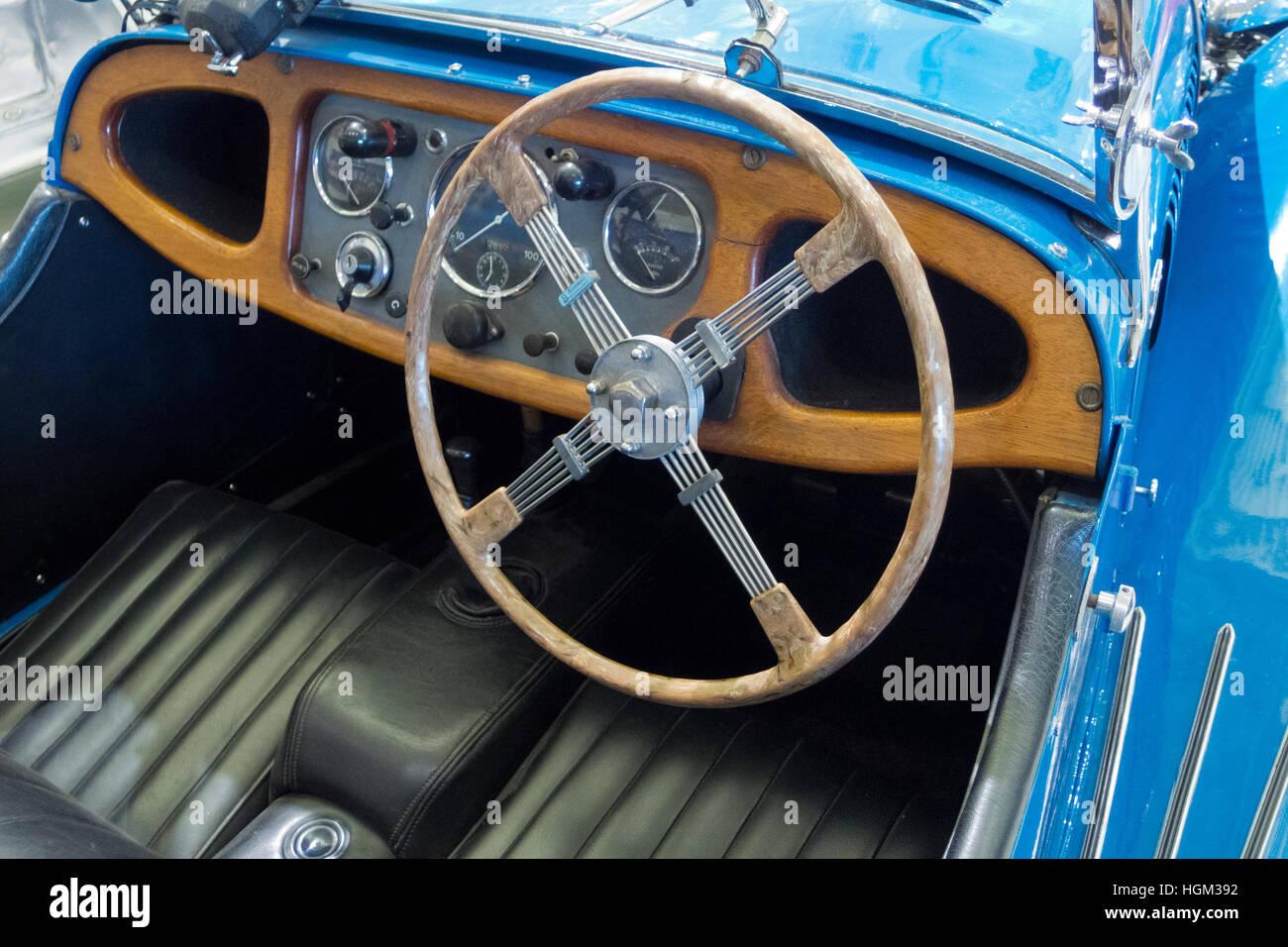 Innenraum von einem Morgan 4/4 Serie One Motor Auto, UK Stockbild