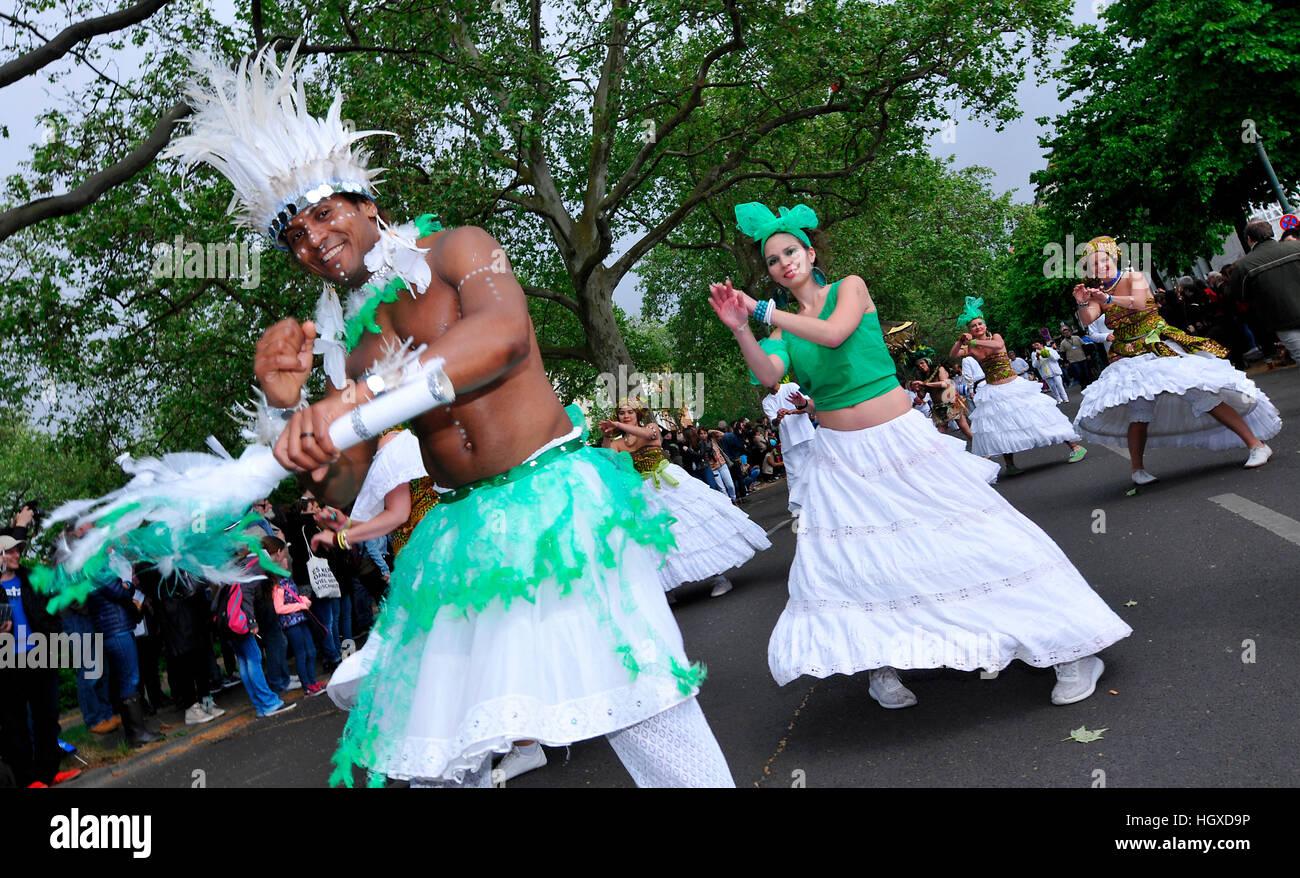 Maracatu-Treffen, Brasilien, Karneval der Kulturen, Kreuzberg, Berlin, Deutschland Stockbild