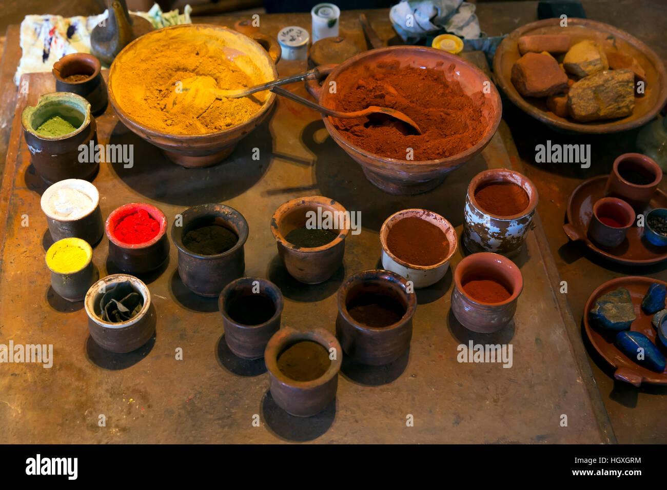 Ölfarbe Vorbereitung, Rembrandt House Museum, rembrandthuis, Amsterdam, Niederlande. Stockbild