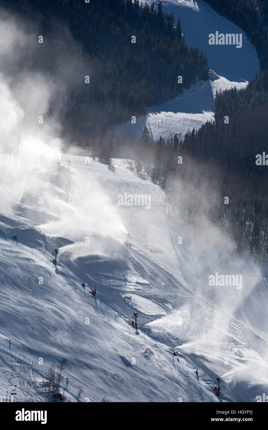 Vail, Colorado - Beschneiung in Vail Ski Resort Stockbild