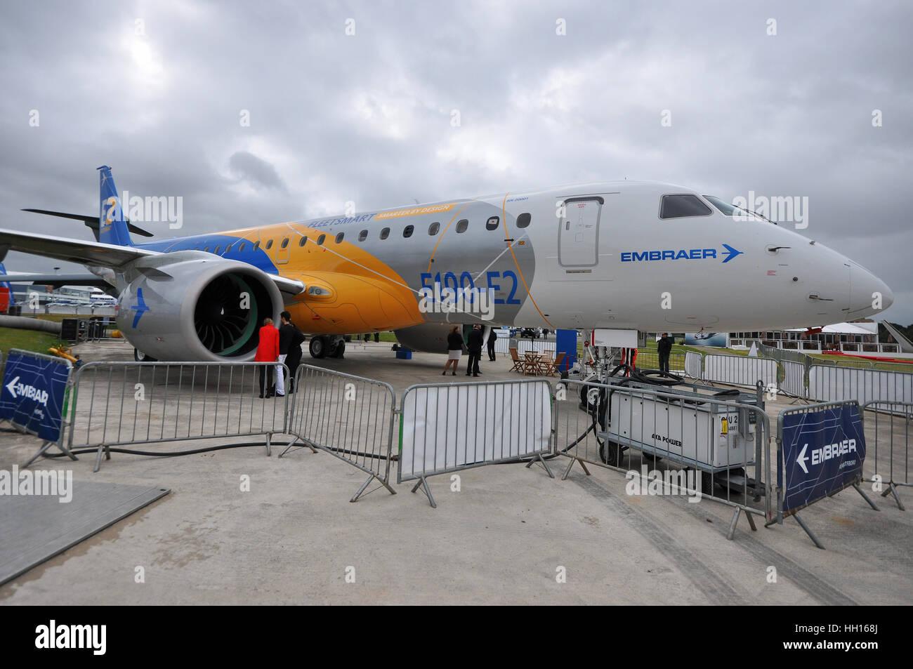 Embraer E-Jets E2 ist eine Familie von drei schmalen Körper mittlerer  Reichweite zweistrahlige Jet Airliners von der brasilianischen Firma  entwickelt Stockfotografie - Alamy