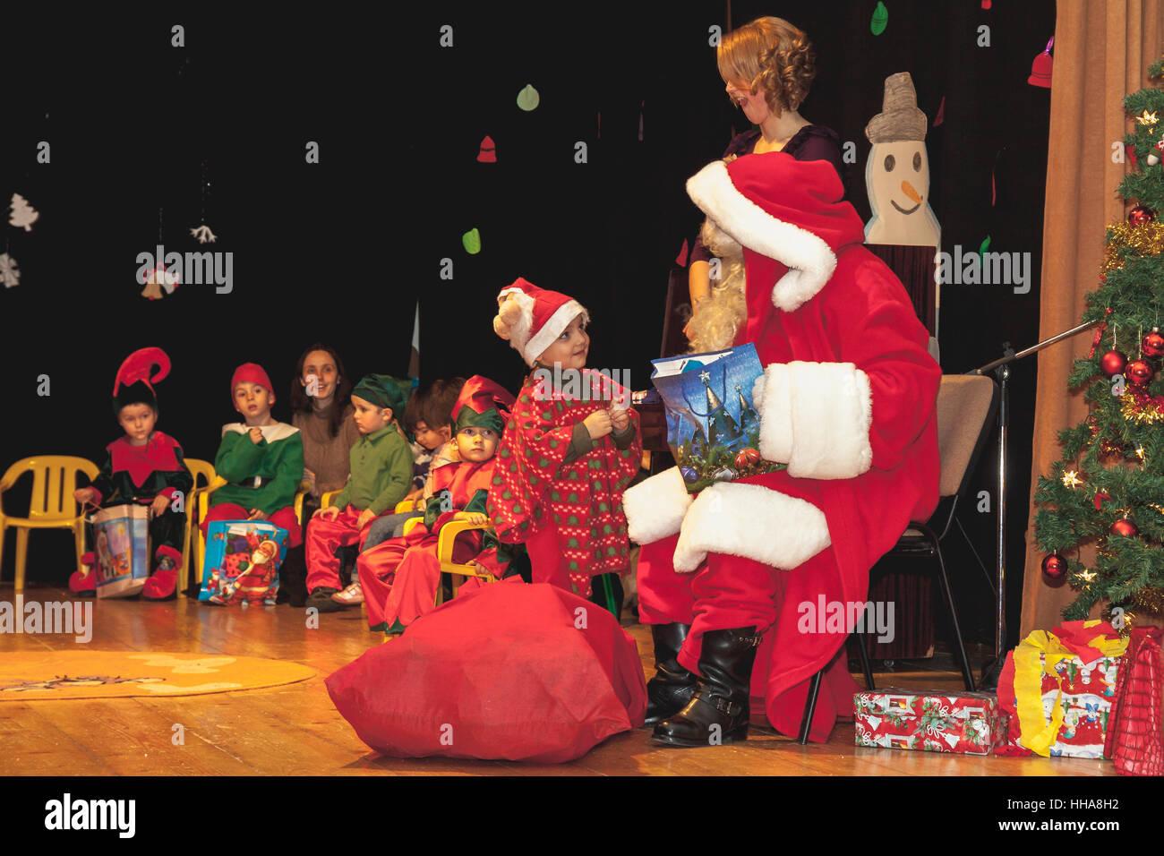 Gemütlich Verkleiden Weihnachtsfeier Galerie - Brautkleider Ideen ...