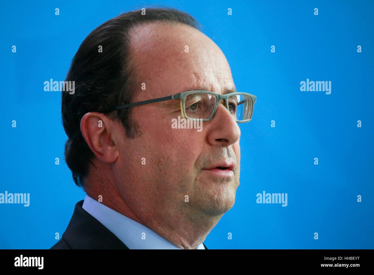 Francois Hollande - Treffen der dt. Bundeskanzlerin Mit Dem Italienischen Ministerpraesidenten Und Dem Franzoesischen Stockbild