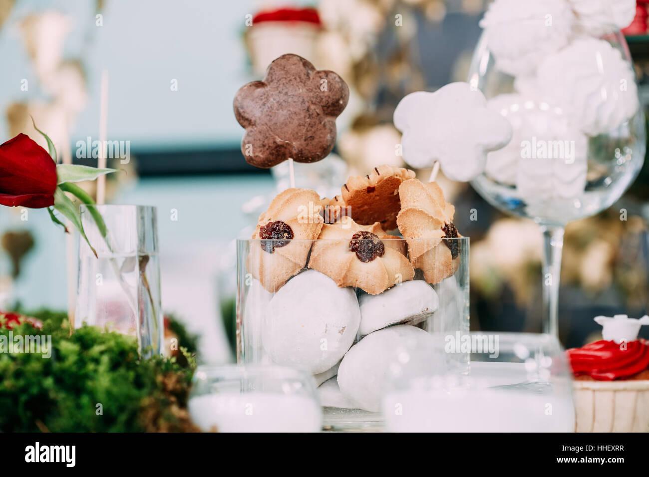 Susse Leckere Dessert Marshmallow Und Cookies Im Schokoriegel Auf