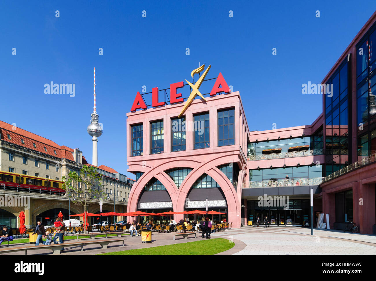 alexa shopping mall berlin germany stockfotos alexa shopping mall berlin germany bilder alamy. Black Bedroom Furniture Sets. Home Design Ideas