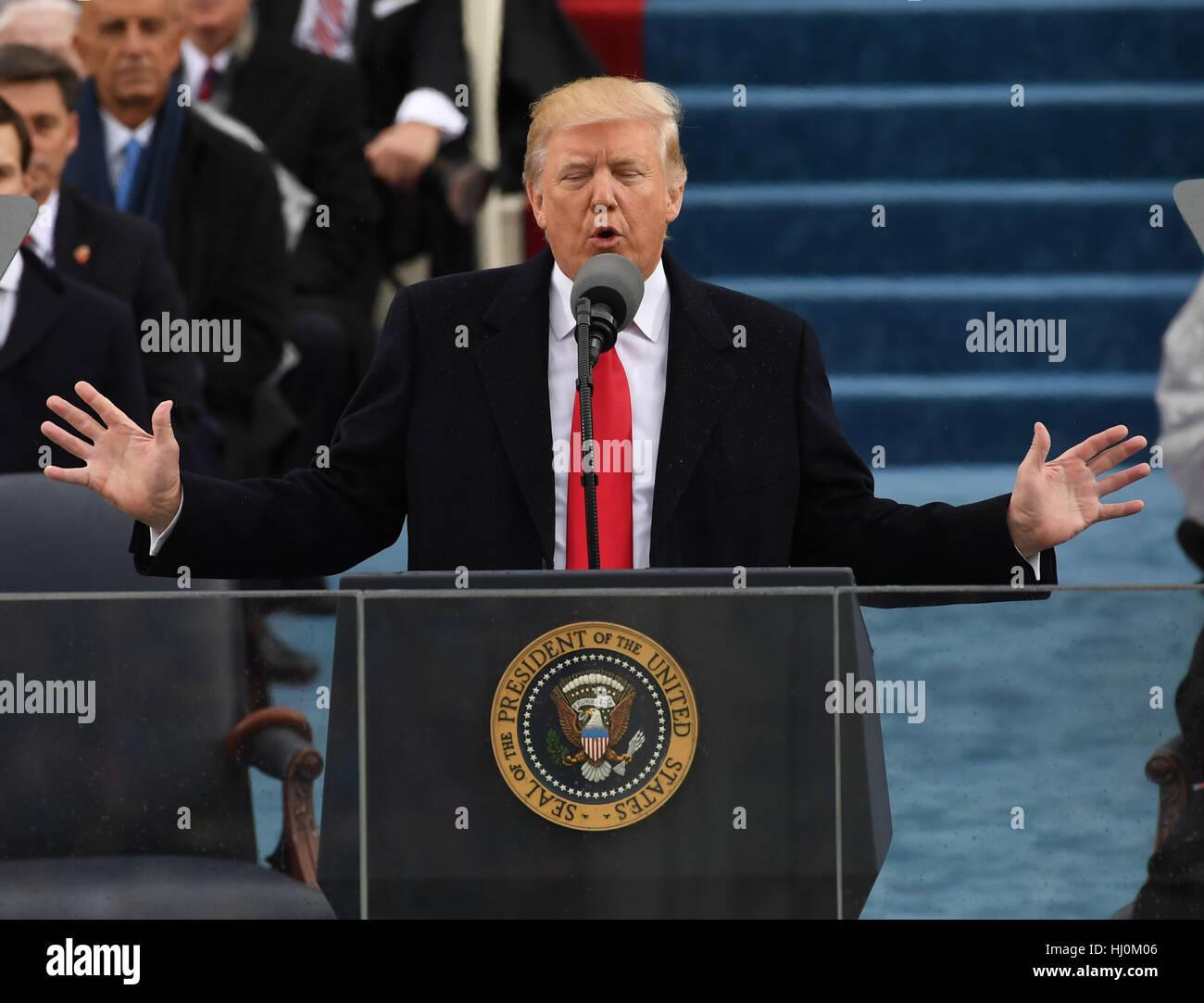 Präsident Donald Trump liefert seine Antrittsrede bei der Einweihung am 20. Januar 2017 in Washington, DC Trump Stockbild