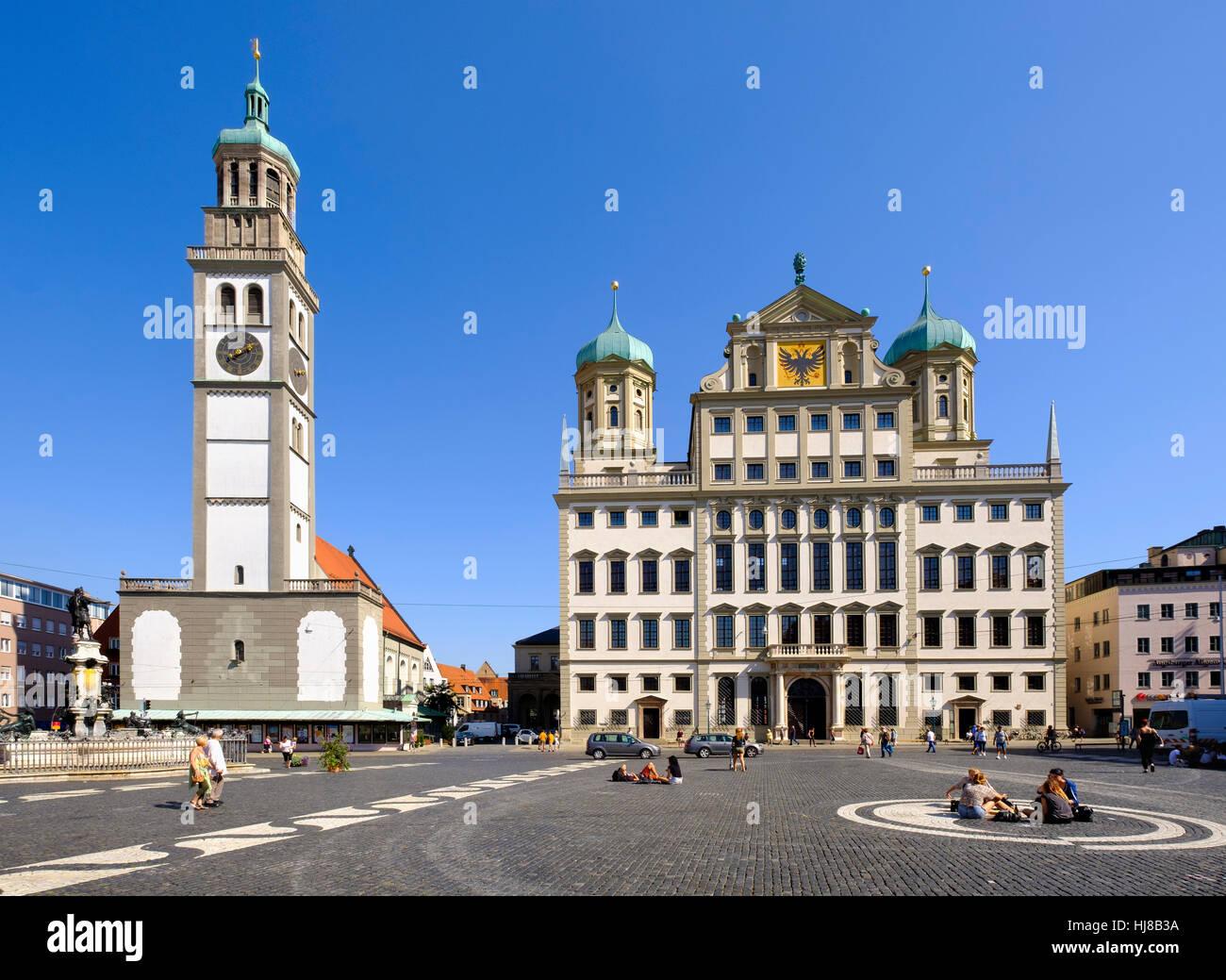 Perlachturm und das Rathaus am Hauptplatz, Augsburg, Schwaben, Bayern, Deutschland Stockbild