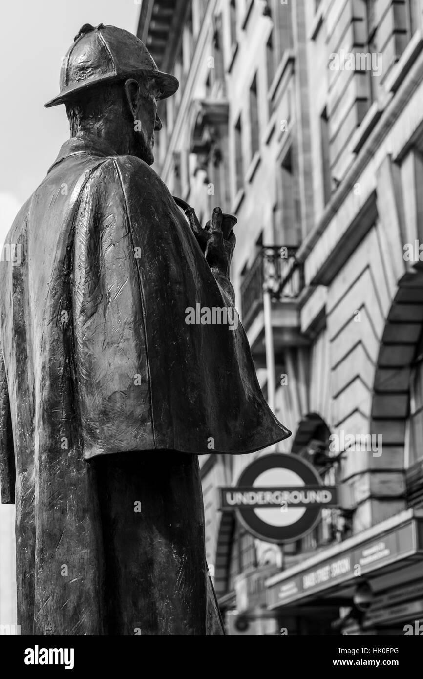 Sherlock Holmes-Statue, Baker Street Station, London, UK Stockbild