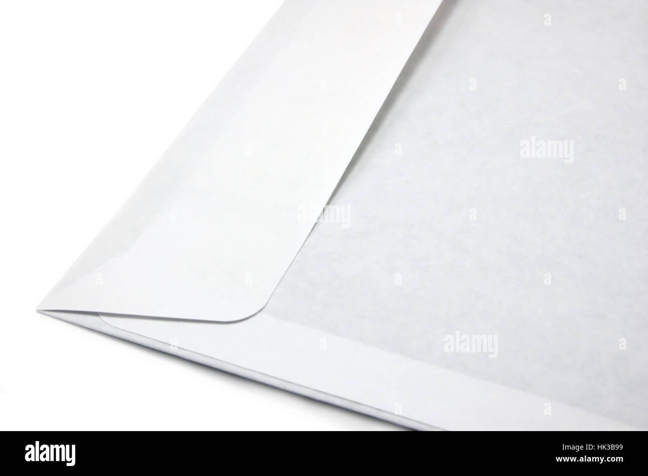 Offenen weißen Umschlag, isolierte detaillierte Makro Nahaufnahme Stockbild