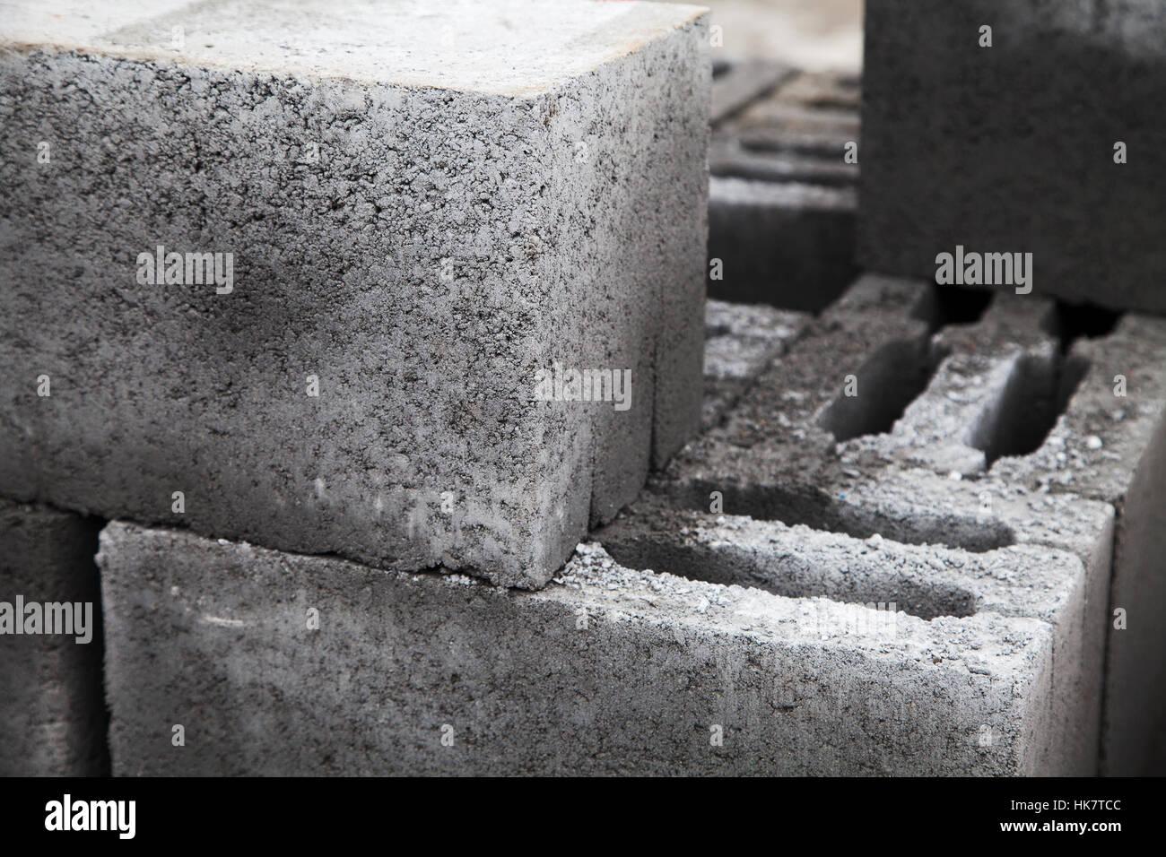 graue geb ude schlackensteine hergestellt aus zement gestapelten nahaufnahme eine menge von. Black Bedroom Furniture Sets. Home Design Ideas