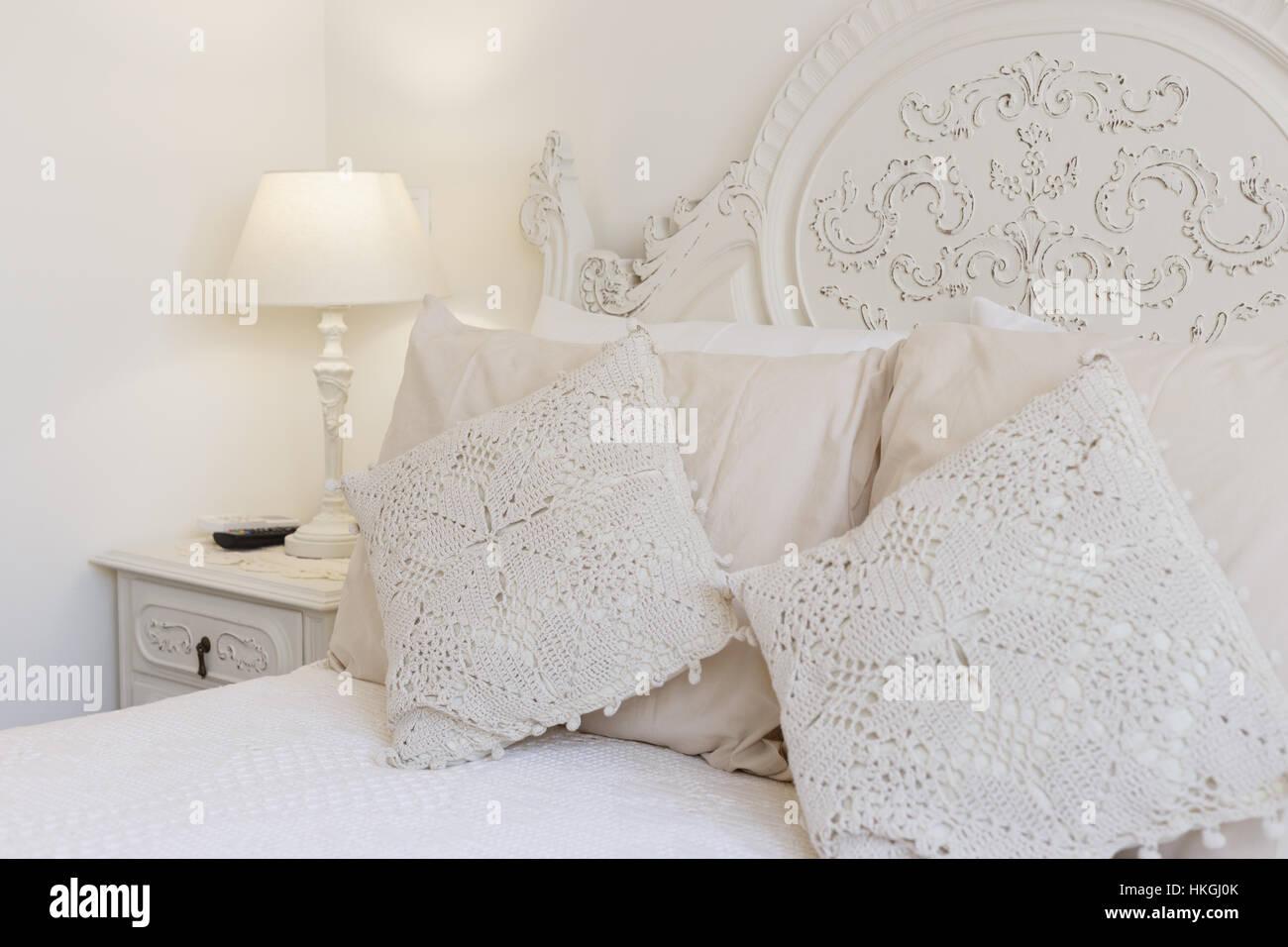 Embroidered Linen Stockfotos & Embroidered Linen Bilder - Seite 3 ...