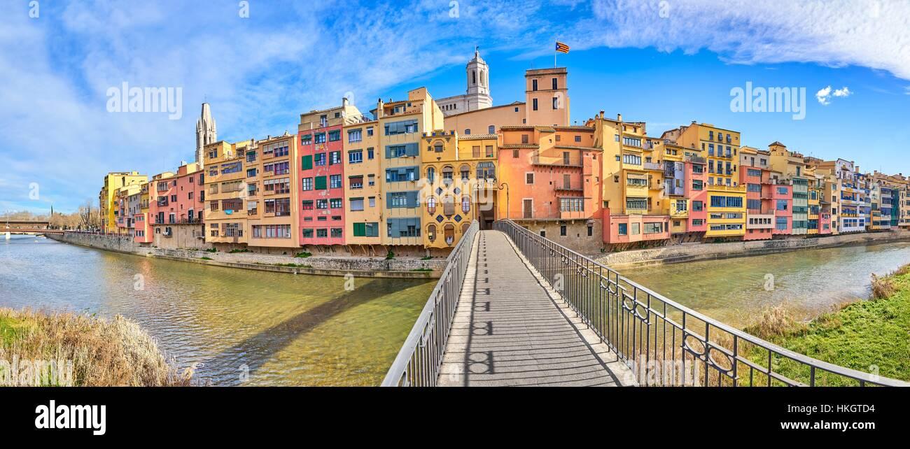 Girona, bunte Häuser, Katalonien, Spanien Stockbild