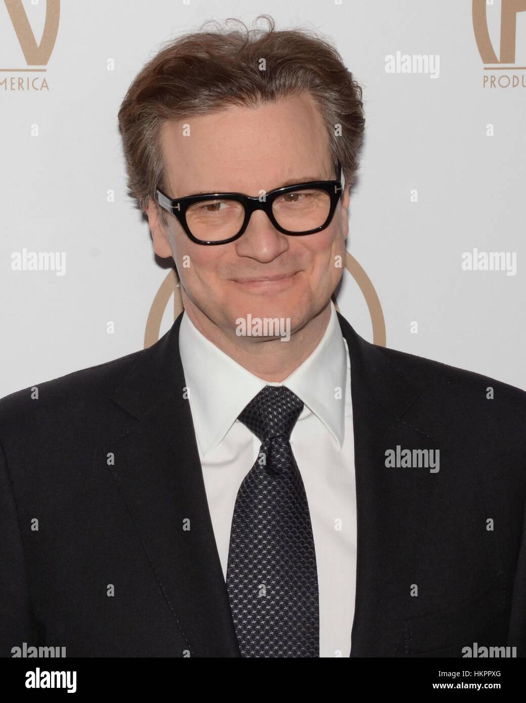 Colin Firth kommt bei der 28. Annual Hersteller Guild Awards im The Beverly Hilton Hotel in Beverly Hills, Kalifornien Stockbild