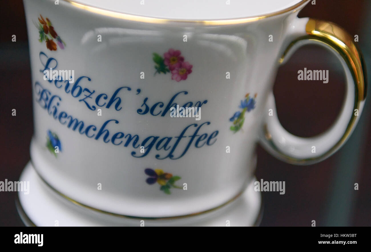 leipzig, deutschland. 30. januar 2017. eine tasse mit den buchstaben