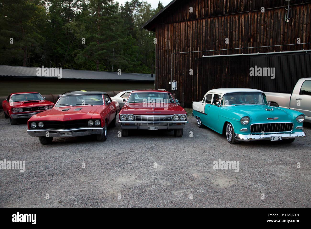 auto treffen mit amerikanischen muscle-cars in schweden stockfoto