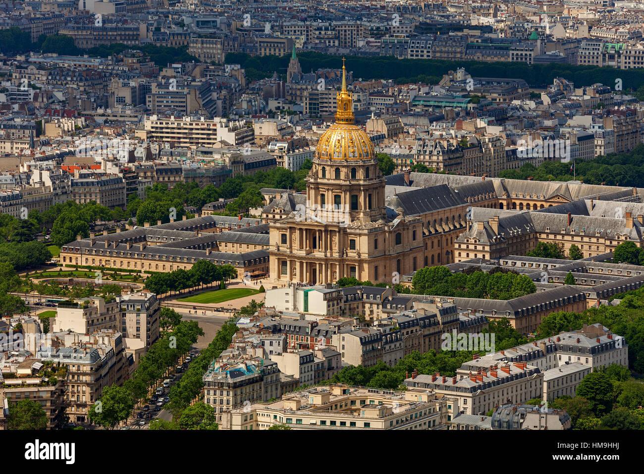 Blick von oberhalb von Les Invalides und Gebäuden in Paris, Frankreich. Stockbild