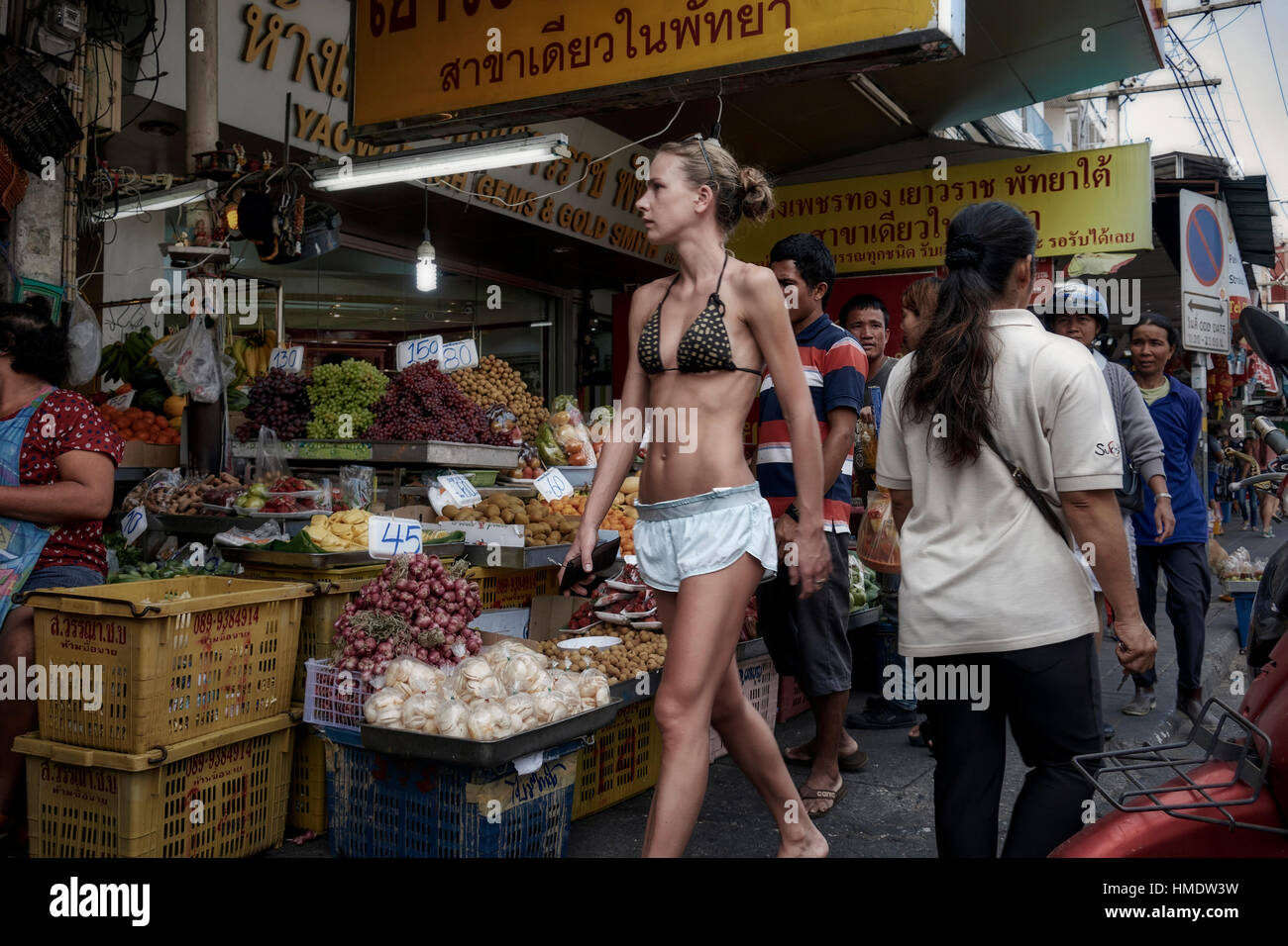 love read and Brasilianischer Erwachsener stürzt in der Küche 2 got sexy body sweet