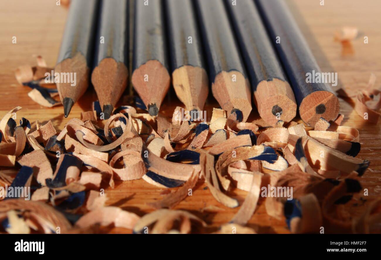 Linie der Bleistifte von stumpf bis scharf Stockbild