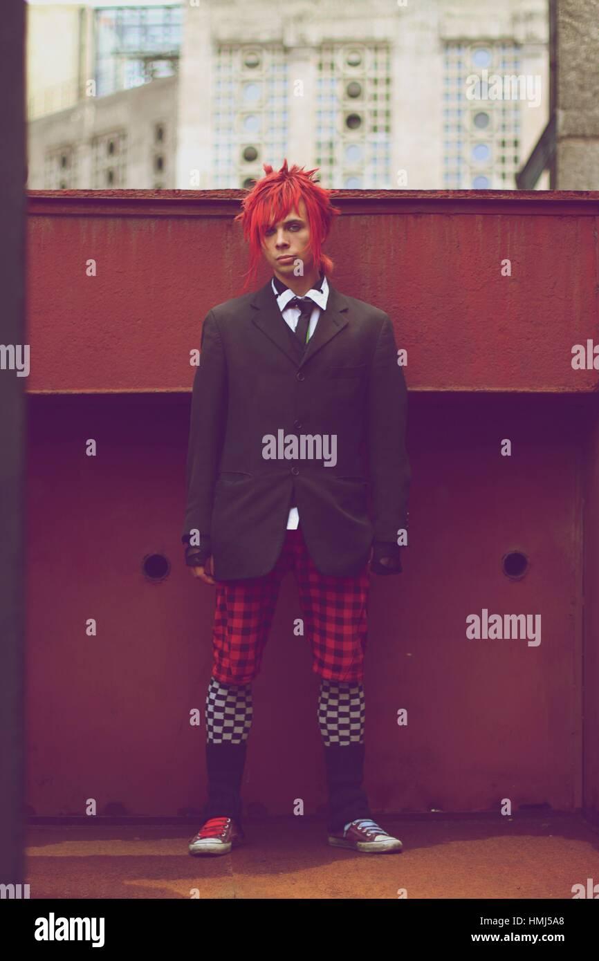 Porträt eines jungen Mannes alternative. Stockbild