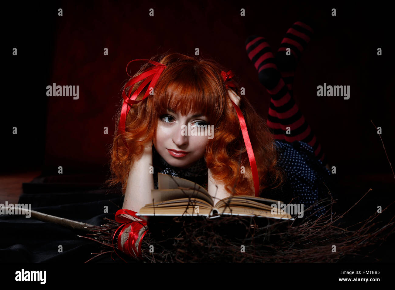 Witch Computer Stockfotos & Witch Computer Bilder - Alamy