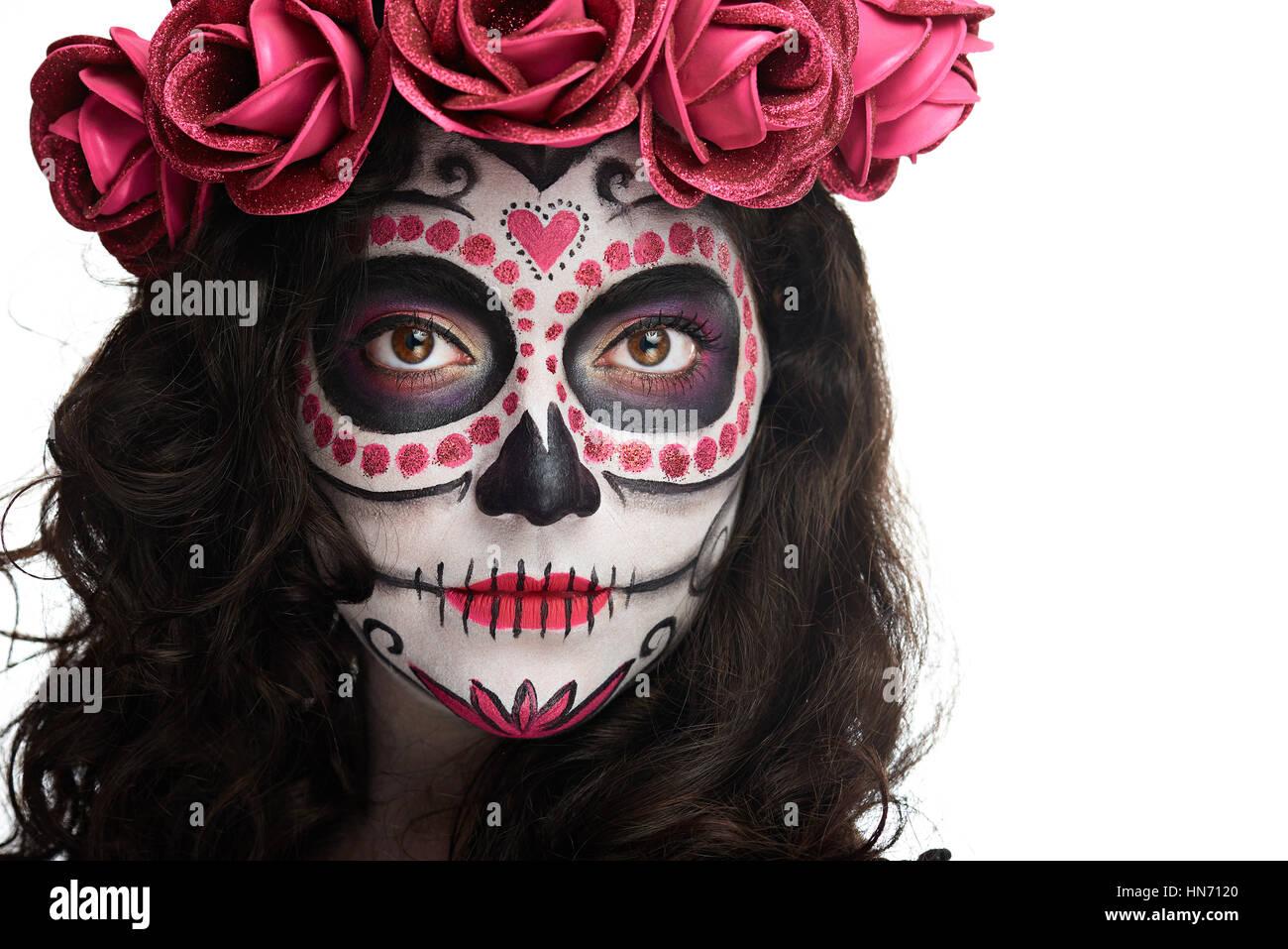 Hellen Halloween Make Up Im Gesicht Der Frau Des Schadels Isoliert