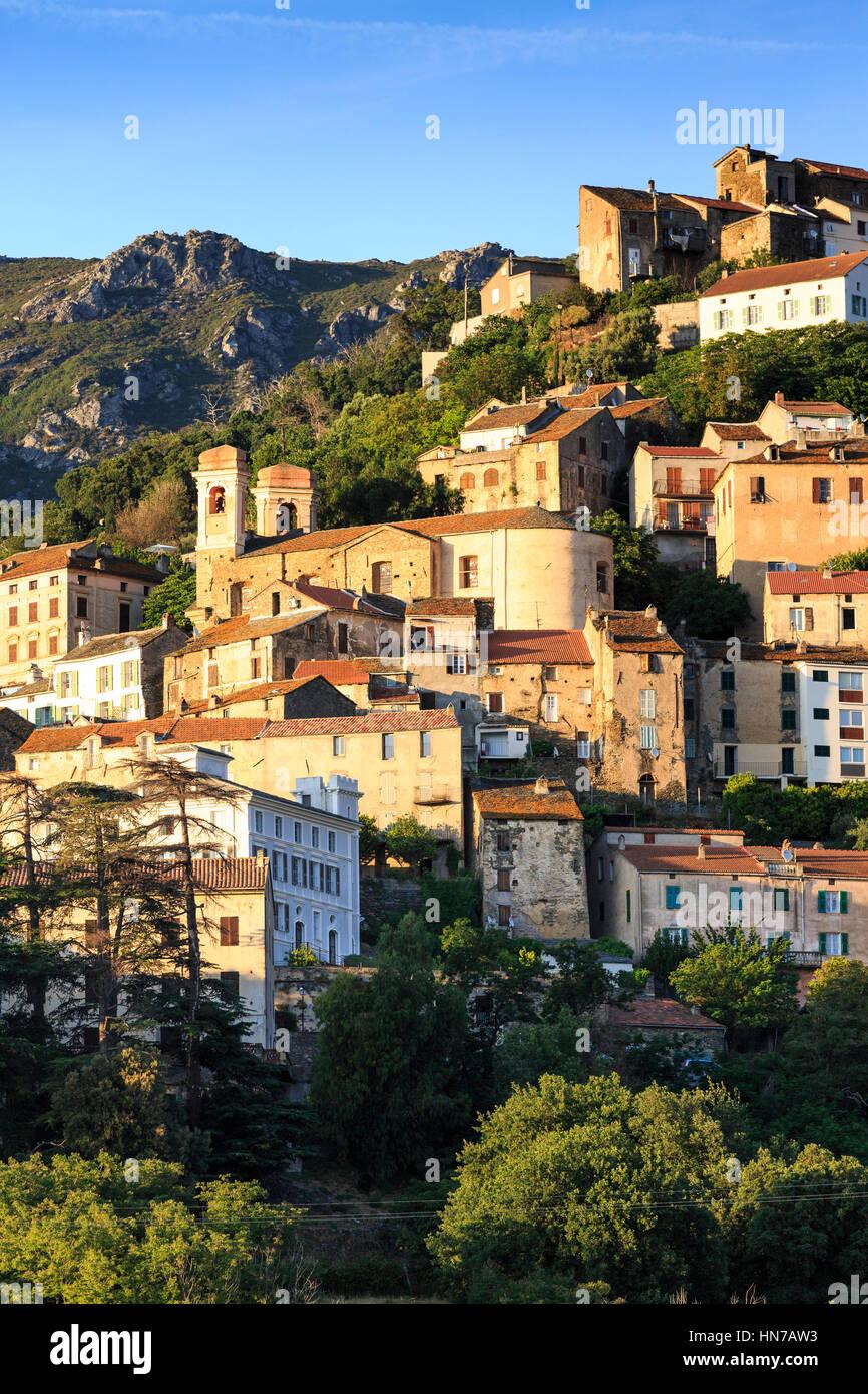 Hilltop Village Oletta, Korsika, Frankreich Stockbild