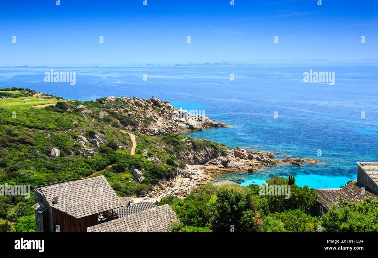 Blick auf Bucht und Golfplatz Sperone, Korsika, Frankreich Stockbild